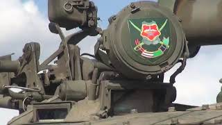 """Участниците в """"Танков биатлон"""" и """"Суворовски натиск"""" подготвиха бойната техника"""