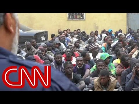 Bodies of migrants wash up on Libyan shores