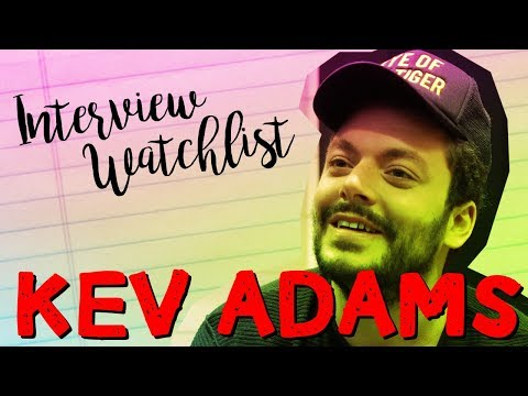 Kev Adams : sa watchlist séries idéale !