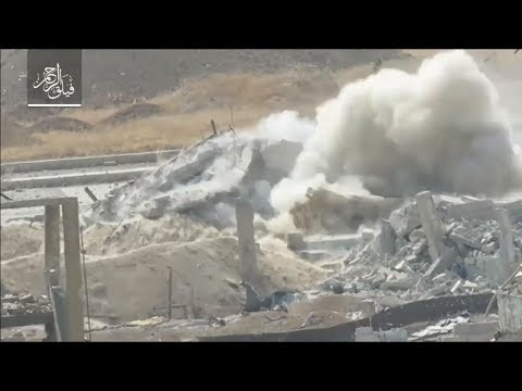 "FSA destroys regime 4th Division tank with improved ""Omar"" gun on Ein Tarma front"
