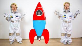 Alex y Gaby explora El Sistema Solar - Videos Educativos para Niños