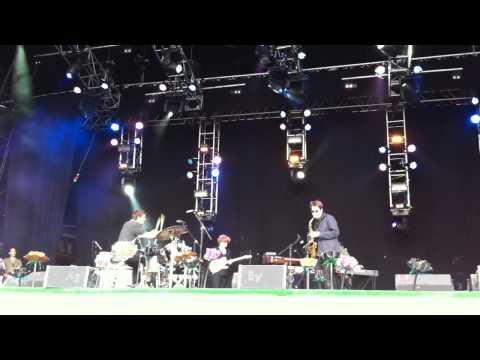 El Bandido - Nicholas Jaar Live - Glastonbury 2011
