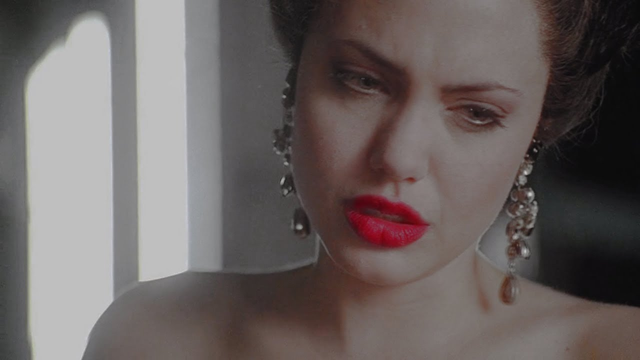Angelina jolie nude in gia images 81