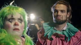Laura and Order: Clowns