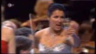Anna Netrebko, Libiamo, quartet, Traviata(3.8.2007, Baden-Baden, Elina Garanca (mezzo-soprano - Latvia), Ramón Vargas (tenor - Mexico),Ludovic Tézier (baritone - France) ..., 2007-08-22T08:45:26.000Z)