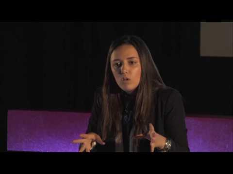 Ser ou nao ser | Mariana Quesada | TEDxFCTUNL