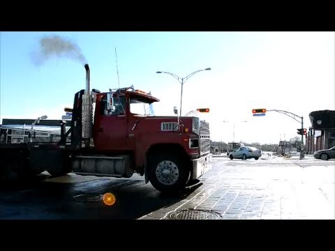 OLD FORD LTL 9000 FLATBED TRUCK - TAKE OFF - YouTube