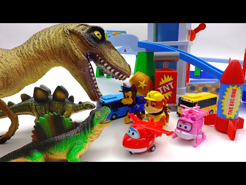Giant Dinosaur Alert!!! Super Wings, Paw Patrol Protect Tayo Village