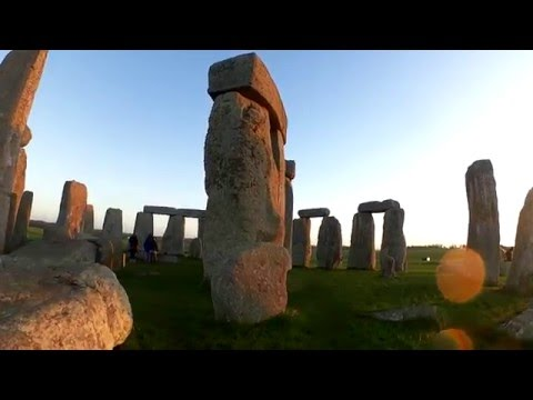 Stonehenge Inner Circle Guided Tour at Sunrise
