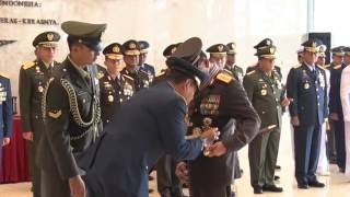 Kapolri Terima Bintang Kehormatan Tertinggi dari TNI Mp3