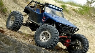 Axial Wraith poison spyder crash sand mud rolling climbing hill go pro slow motion