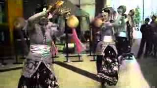 tari marhaban (welcome dance banten) by sanggar nongsari.flv