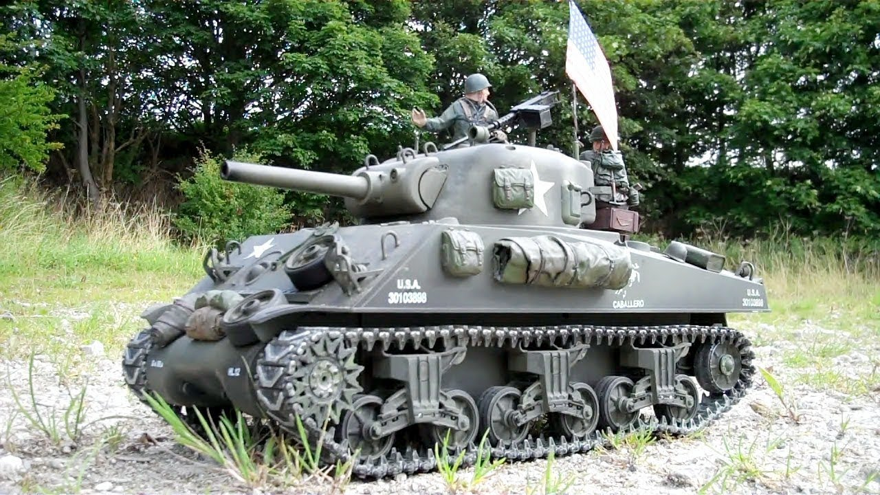 d084fcc2ee35 Heng Long M4A3 Sherman on patrol - YouTube