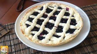 Blackcurrant Pie. Open Blackcurrant Pie.