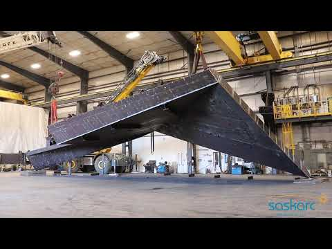 176,000-lb fabricated steel structure flip