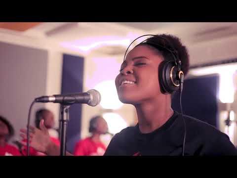 Mwen Rele Jezi- Tami Haiti (video Officielle)