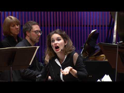 Schoenberg: Pierrot Lunaire with Patricia Kopatchinskaja (excerpt)