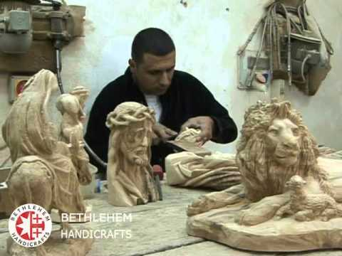 Olive Wood Carvings At Bethlehem Handicrafts In Bethlehem The Holy