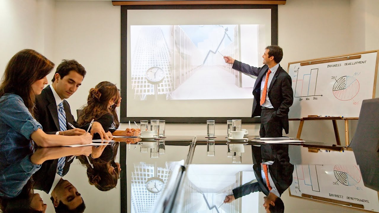 How to Start a Presentation Strong and End Powerfully