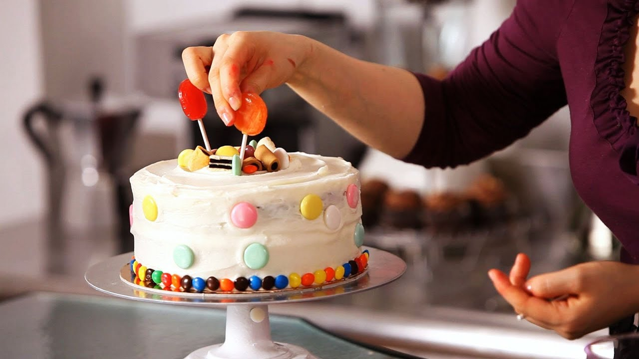How To Decorate A Cake With Candy Cake Decorating Youtube