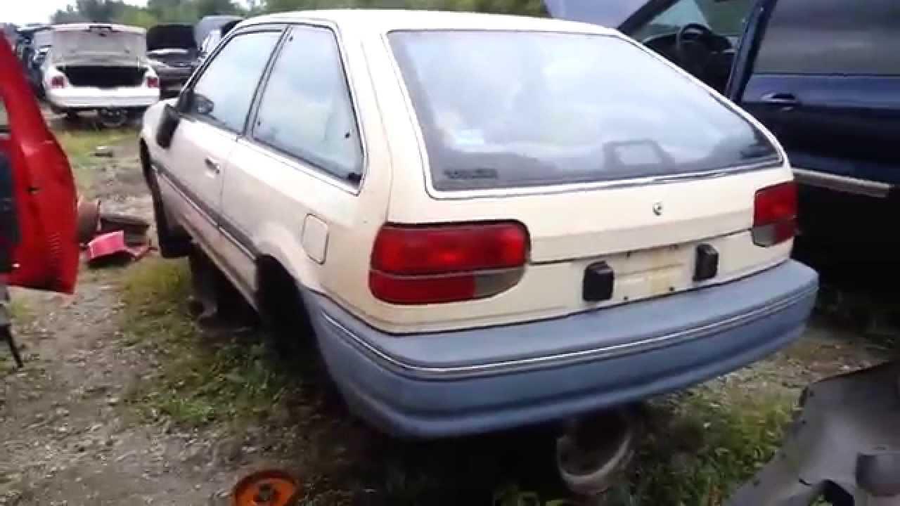 junkyard find 1988 mercury tracer hatchback [ 1280 x 720 Pixel ]