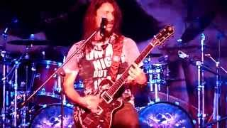ANGRA EN LIMA - THE VOICE COMMANDING YOU (RAFAEL BITTENCOURT ON VOCALS)