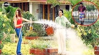 Arthi Agarwal And Venkatesh Funny Comedy Scene In Garden   Telugu Comedy Videos   Vendithera