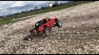 Brushless WPL C24 gets a prerunner style roll cage, drifting and crashes