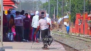 Power star LKO #WDM3A with 13237 Patna - Kota Express crossing Dildarnagar !!