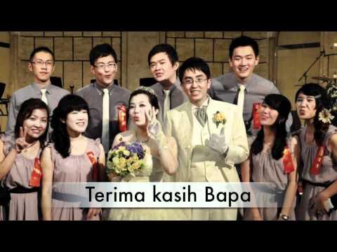 合而為一的兩顆心(Dua hati yang menyatu) sing by John Wu and Angelia SL