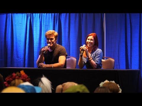 Colossalcon East 2017  RWBY Panel Vic Mignogna & Elizabeth Maxwell