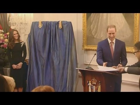 Kate Middleton and Prince William unveil new portrait of the Queen in New Zealand