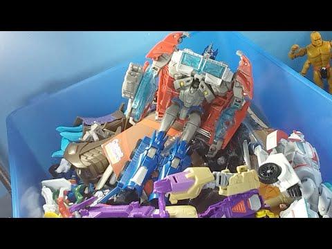 Thrift Store Toy TREASURE? (Nah It's Still Pretty Trash)