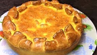 Дрожжевые пироги с начинкой из капусты с мясом - как всегда очень сытная и вкусная выпечка .
