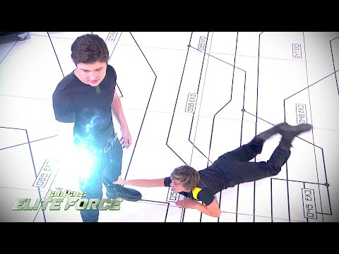 The Battle Of Bionic Brothers | Lab Rats Elite Force | Disney XD