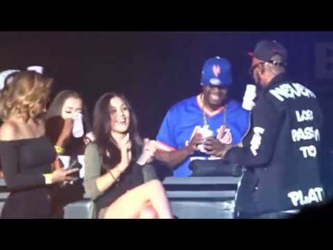 R. Kelly - Ignition Remix & Fiesta Remix (The Buffet Tour in Miami 5.28.16)