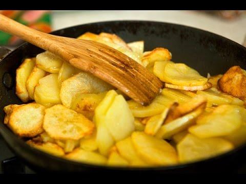 Как правильно пожарить картошку с салом