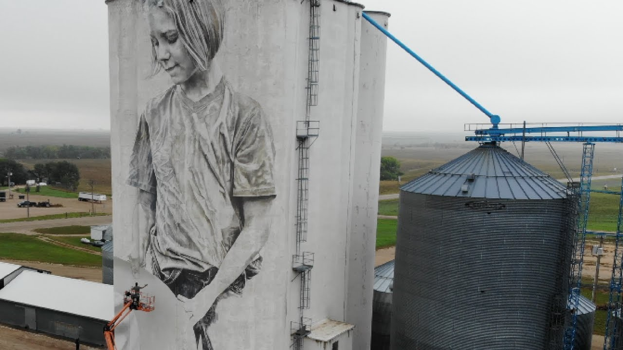 Mankato grain silos could soon feature giant artwork of famed