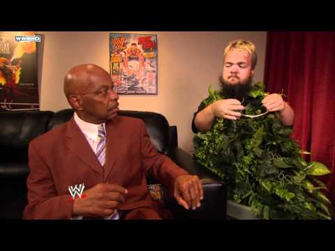 SmackDown: Theodore Long learns of Hornswoggle's spying
