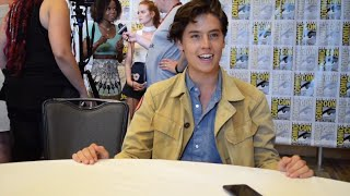 sdcc 2016   cole sprouse on the cw s new series riverdale