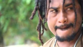 EDGAR ARONGGEAR - PITOI DONAMA (YouTube 2015)