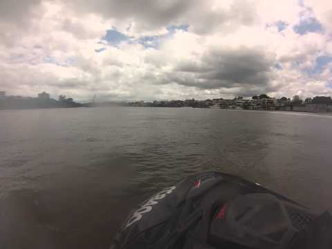 Jetskiing Brisbane River Part 2    (Best viewed in High Def)
