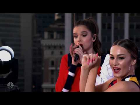 Hailee Steinfeld - Most Girls (Macy's 4th Of July 2017)(HD)
