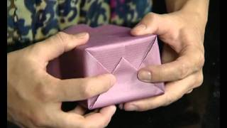 Техника упаковки подарков(Если Вы хотите узнать все секреты, правила, принципы и законы упаковки, то приглашаем Вас на наши курсы http://ww..., 2011-11-01T11:34:59.000Z)