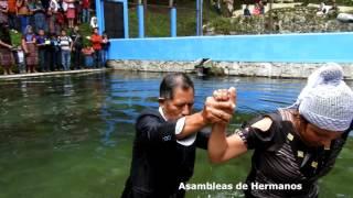 Video Bautizos de hermanos de la Sala Evangélica San Andrés Itzapa download MP3, 3GP, MP4, WEBM, AVI, FLV Desember 2018