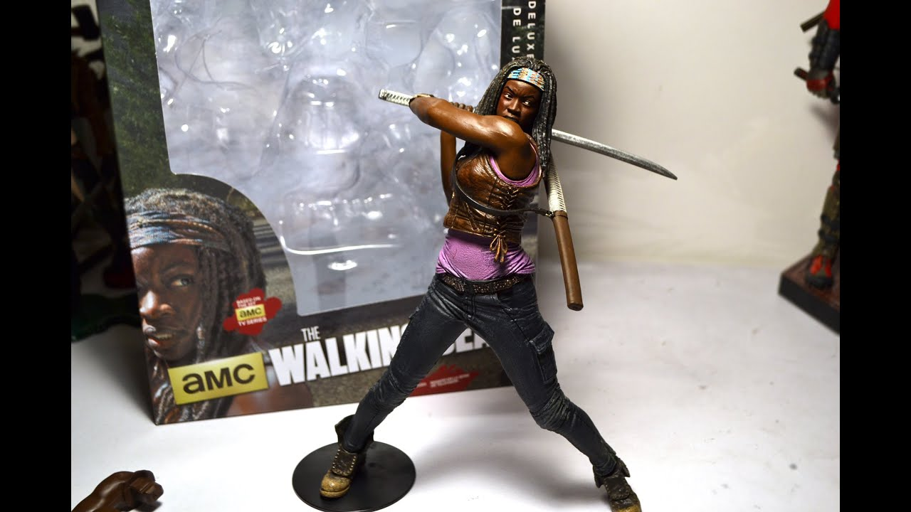 Review: McFarlane Toys The Walking Dead Michonne and Pets –