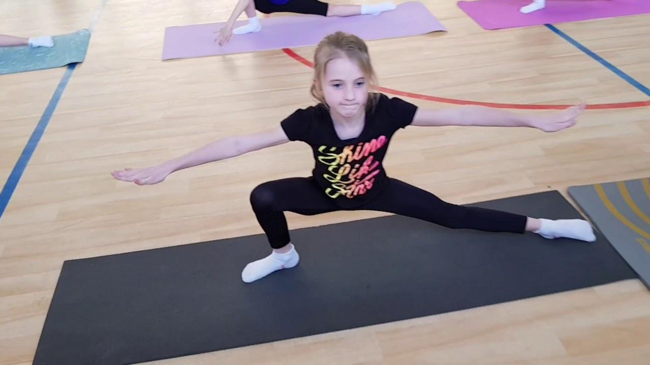 Силовой урок гимнастики для синхронного плавания. Тг 1 - 2года обучения, дети 7 - 8 лет.