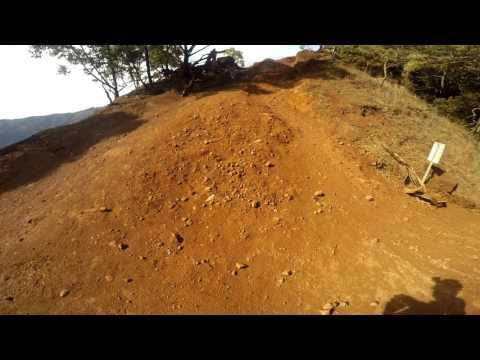 Waimea Canyon Trail