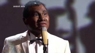 "Батырхан Шукенов – Louis Armstrong Mack the Knife( шоу ""Один в один"" )"