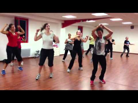 Fit Combat Class chez SO DANCE studio Videos De Viajes